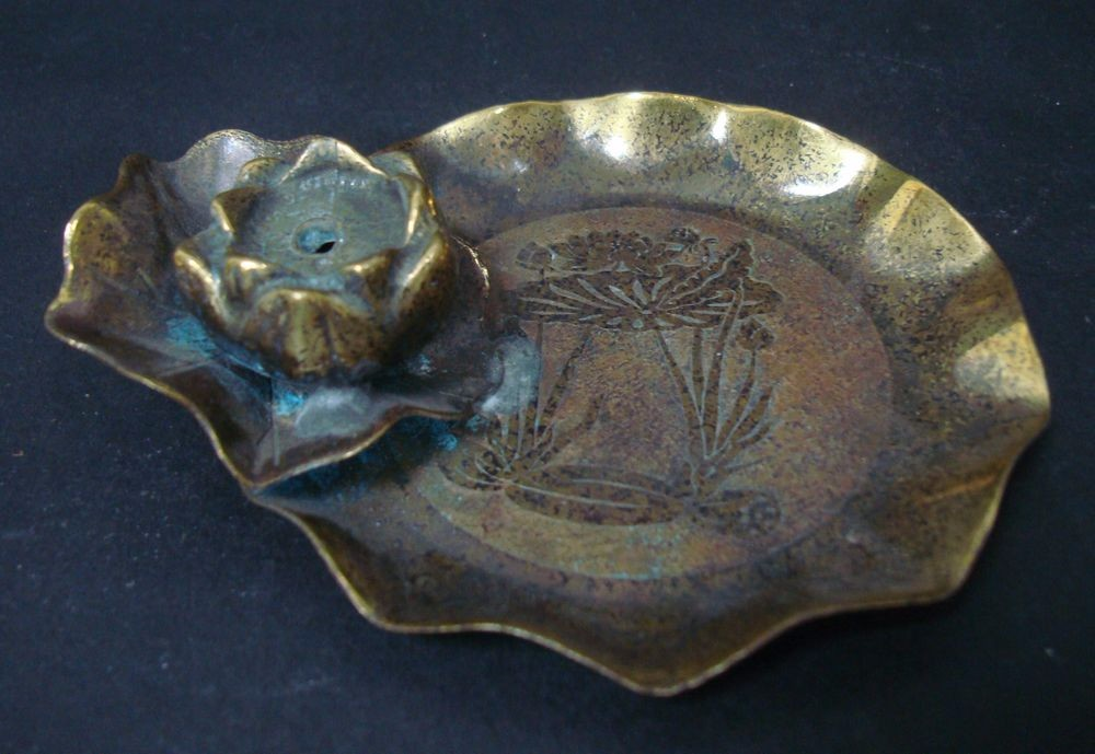Exquisite Rare Old Chinese Bronze Lotus Candle Holder Plate Marked MinGuo QA722
