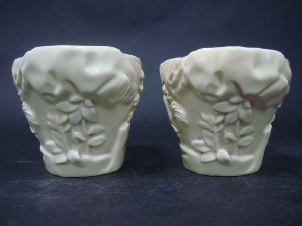A Pair of Rare Old Chinese White Glaze Porcelain Carving Cups QA909