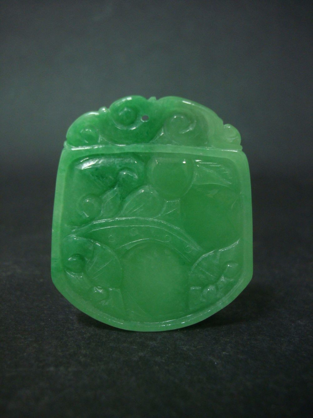 Very Rare Chinese Natural Jadeite Both Sides Carving Emerald Pendant QB035
